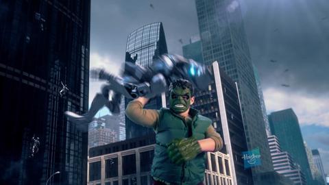 Comercial de TV Marvel Avengers Hero Gear