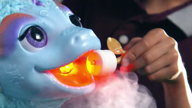 FurReal Friends Torch, mein kleiner Drache - TV-Spot