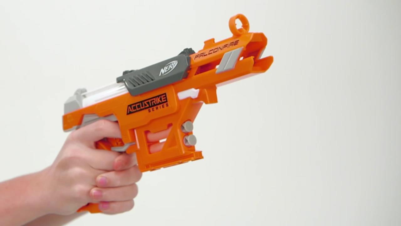 NERF N-Strike Elite Accustrike Falconfire - Produktdemo-Video
