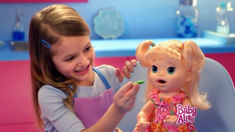 PUB TV BABY ALIVE SARA MA POUPEE GOURMANDE
