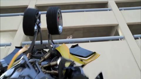 TRANSFORMERS Mega Flip Bumblebee TV Commercial