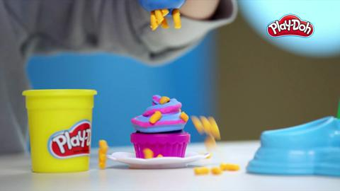 Play-Doh Cupcake Carnival