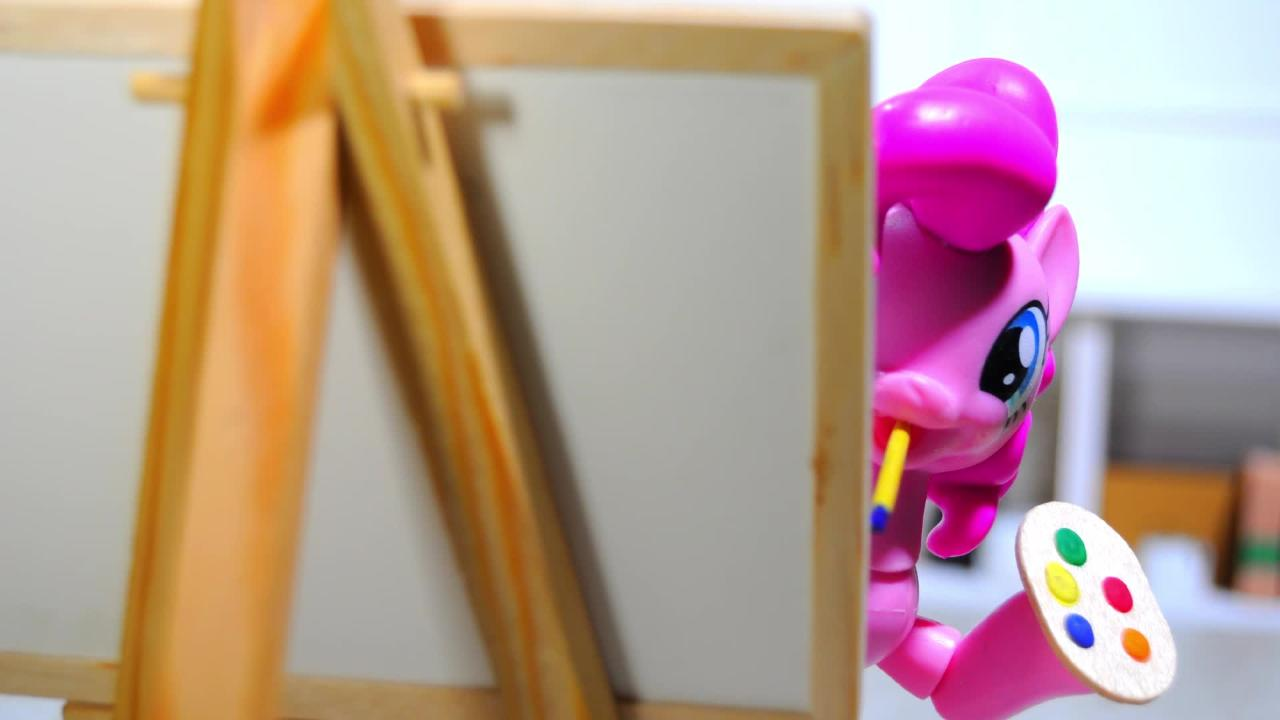 ¡La obra de arte de Pinkie Pie!
