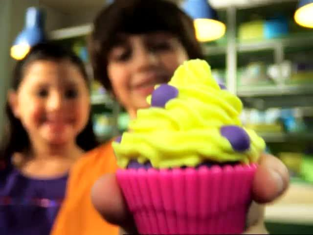 Play-Doh Neşeli Pastacı TV Reklamı