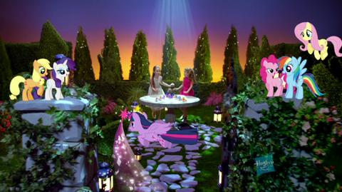 MLP Core Princess Twilight Sparkle Carriage - YouTube - Trival