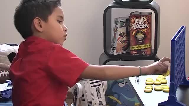 Hasbro Gaming Latino América Video México 'Connect 4'