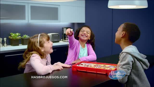 Hasbro Gaming Latino América Comercial de TV 'Operando'