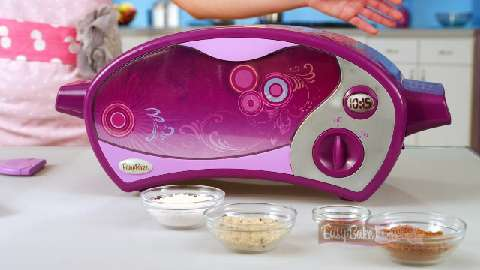 EASY-BAKE Ultimate Oven Decorating Tip Video