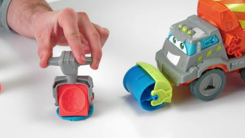 Play-Doh Max The Cement Truck Demo Video