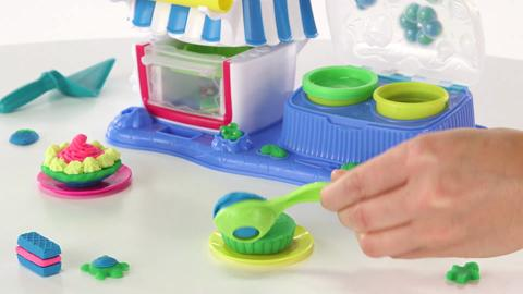 Play-Doh Double Desserts Demo Video