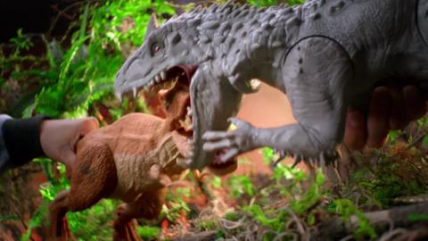 Jurassic World Toys | Battle of the Rexes TV Commercial