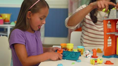 Play-Doh Town Firehouse Playset Unboxing Video