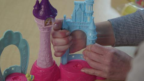 Play-Doh Royal Palace Play-set Unboxing Video
