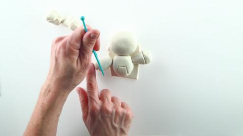 Play-Doh | How to Sculpt an Astronaut