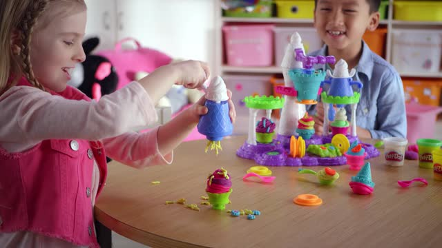 Play-Doh Ice Cream Castle TV Commercial