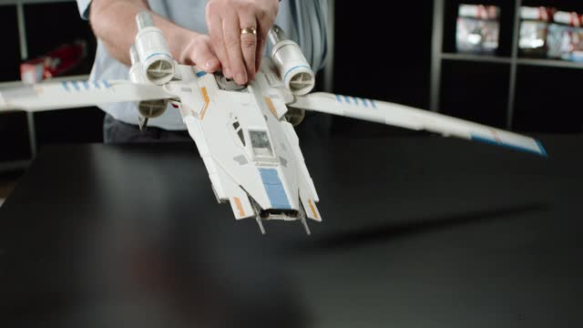 STAR WARS ROGUE ONE REBEL U-WING FIGHTER | DESIGNER DESK