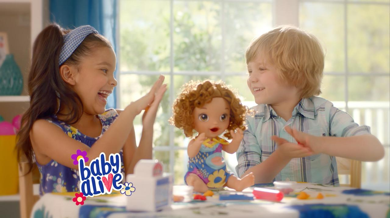Baby Alive - 'Snackin` Treats Baby' Official TV Commercial